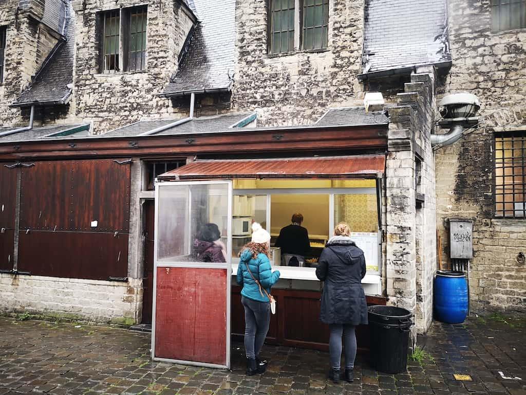 tasting some Belgian fries at Bij Filip, Ghent