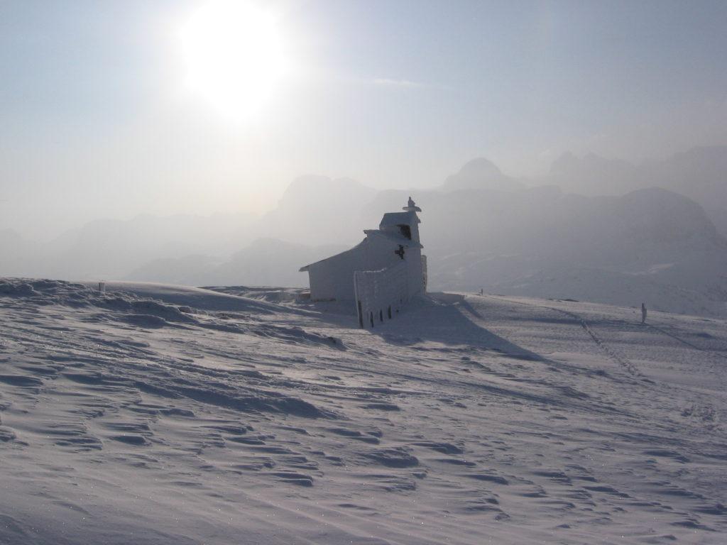 Ice-cold winter landscape, Krippenstein: the longest ski run in Upper Austria