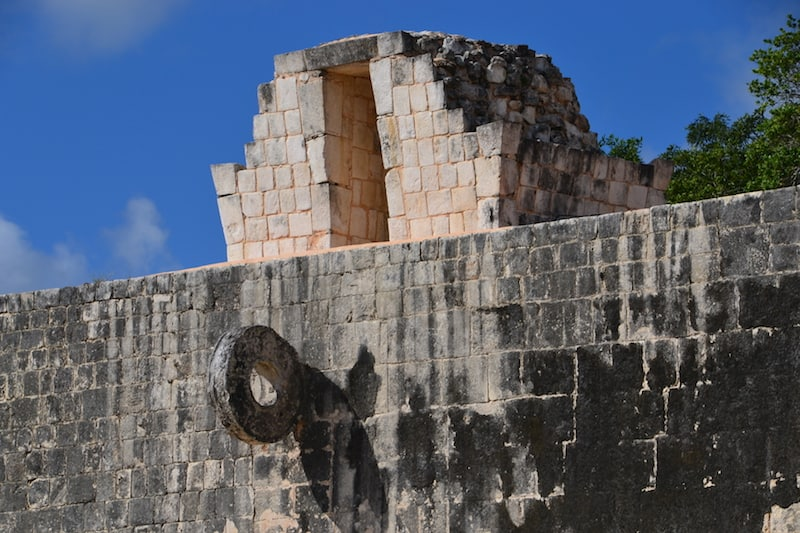 Exploring Chichen Itza on your own