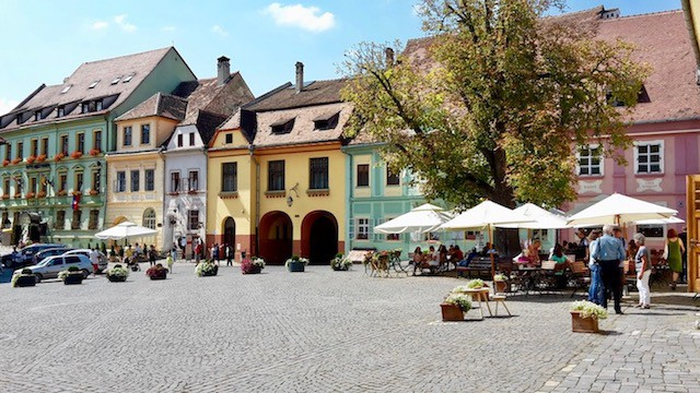 the cobbled streets of Sighisoara